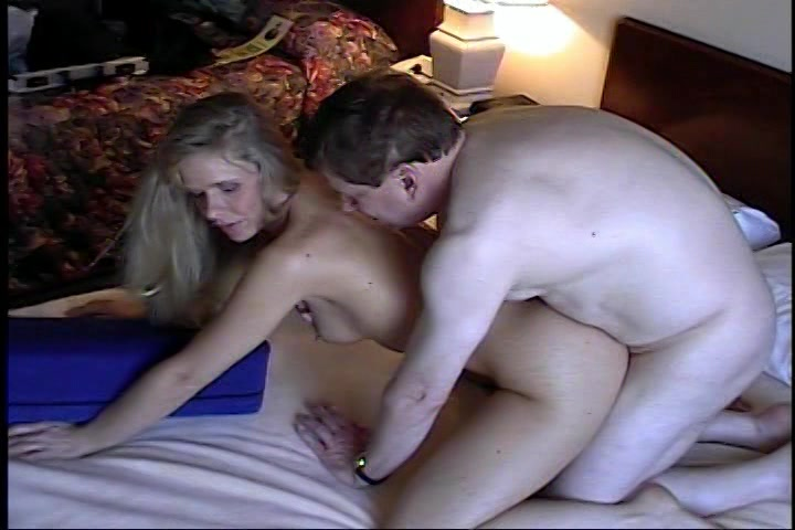 geil seksslavin onder hypnose