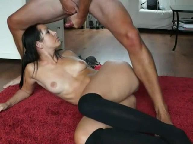 Dit spannende stel maakt zelf een amateur seks film